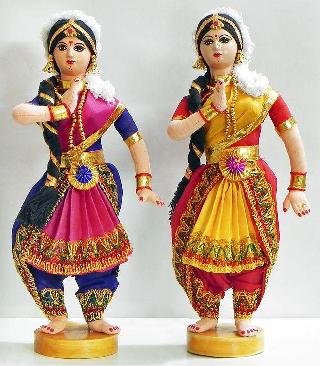 Bharatnatyam Dancers (Cloth))