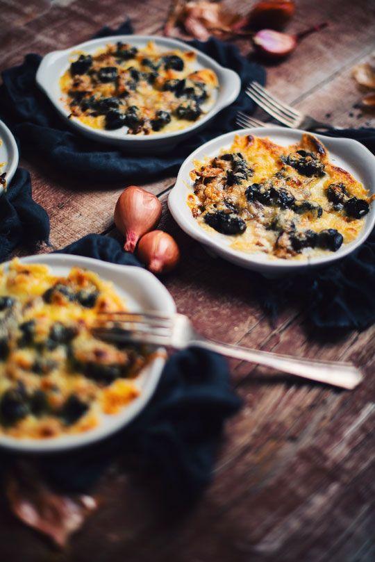 Si vous aimez les escargots gratinés, cette recette est pour vous! C'est tellement bon que je me demande comment j'ai fait pour les manger autrement !