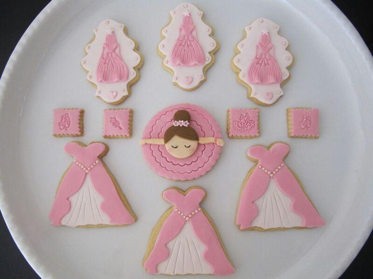 Pink princess cookies
