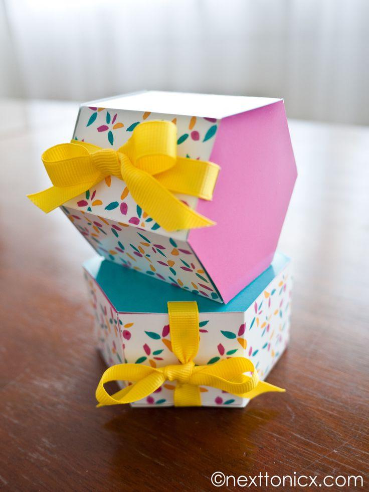 Cajas de regalo hexagonales (plantilla para imprimir gratis)  -  hexagonal gift boxes (free printable template)