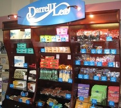 Darrell Lea chocolates will be on the shelves of IGA supermarkets by the end of October under the first deal signed by the chocolate maker's new owner.    http://finance.ninemsn.com.au/newsbusiness/aap/8539457/iga-to-stock-darrell-lea-chocolates