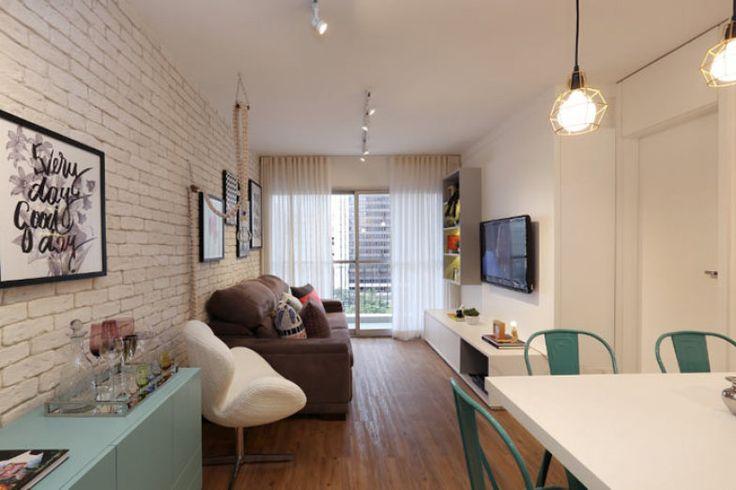 Neste apartamento pequeno, o tijolinho dá cara de loft aos ambientes | Casa