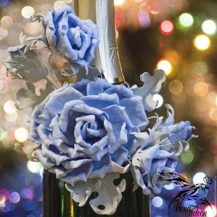 """Купить Новогоднее украшение на шампанское """"Голубые розы"""" - новогоднее шампанское, новогодний декор, новогоднее украшение"""