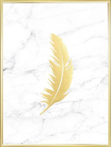 Poster met marmer en gouden veren die mooi glanzen dankzij bladgoud. Een echte mooie en stijlvolle poster die past waar u een luxe gevoel wilt. We hebben ook andere posters met goud en marmer. www.desenio.nl