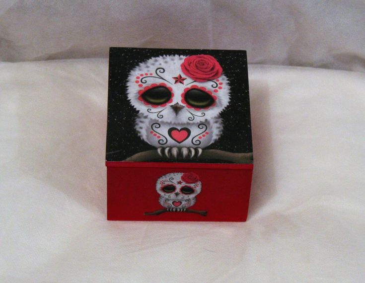Day of the dead themed owl trinket box, jewellery box, decoupage trinket box #jewellery #square #fantasyscifi #wood #girls #necklace #black #pink #decoupage