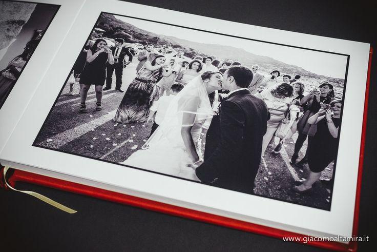 Pagina bianca 40x30 con foto impreziosita da un elegante bordino nero
