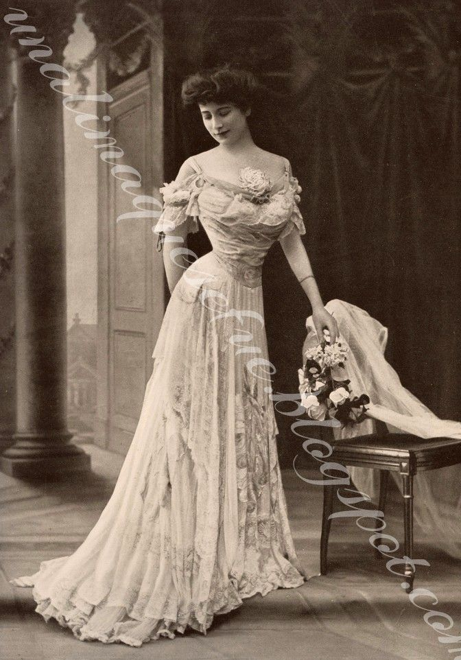 vintage clothing post victorian wants amend