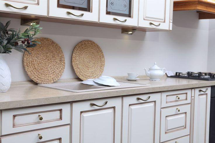 Uchwyty i gałki meblowe z kolekcji Angelo  #gamet #retro #kuchnia #styl #klasyczny #kitchen #design #inspiration #classic #furniture #home