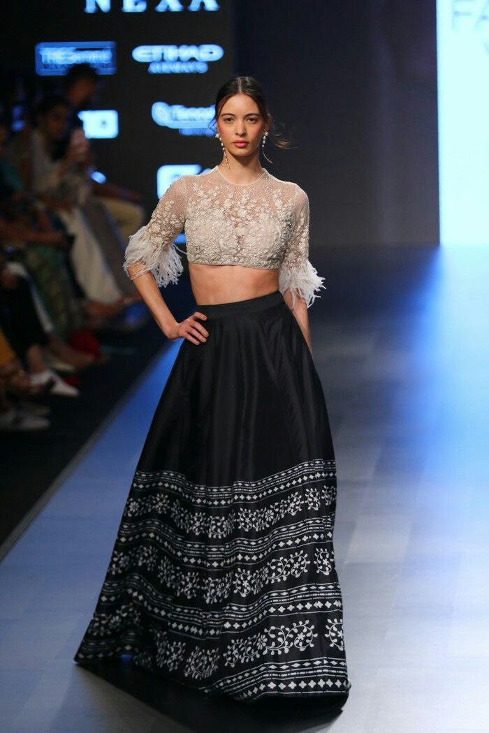 2e90322fb89a Ridhi Mehra at Lakmé Fashion Week summer resort 2018