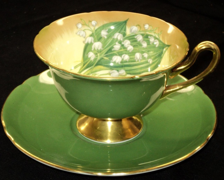 Shelley LILY OF VALLEY Gainsborough simplyTclub Tea cup and saucer