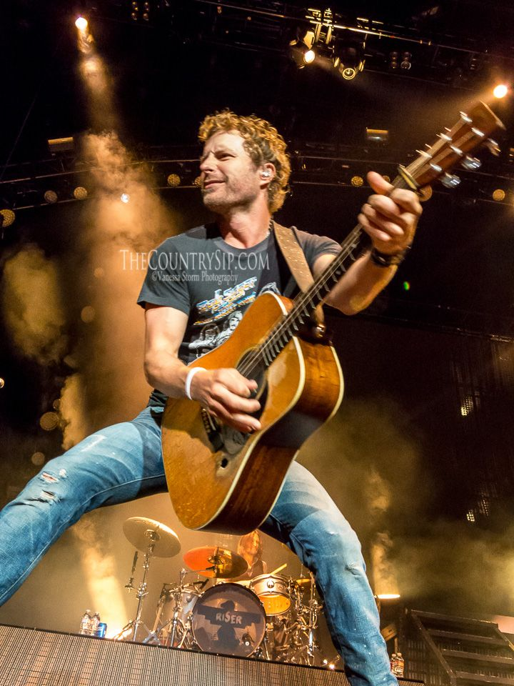 Dierks Bentley's Riser Tour 07.25.2014/07.27.2014 (Los Angeles/Chula Vista, CA) | The Country Sip