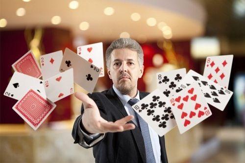 играть в интернет казино игровые автоматы