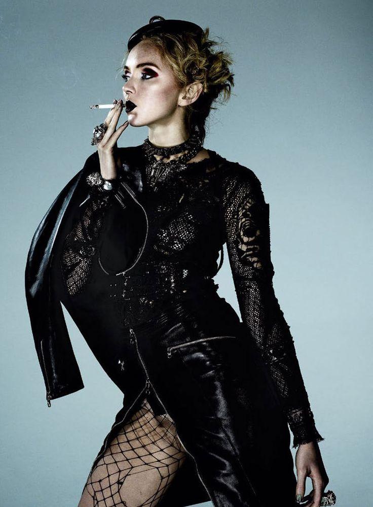 Londres La Reina De Las Tendencias   Lily Cole   Damon Baker #photography   S Moda June 2012