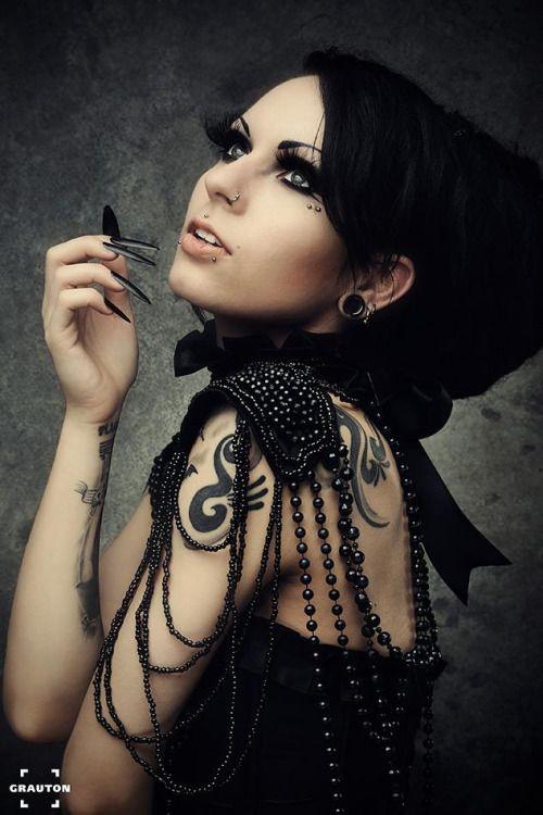 Model: Ashtrayheart * goth, goth girl, goth fashion, goth makeup, goth beauty, dark beauty, gothic, gothic fashion, gothic beauty, sexy goth, alternative models, gothicandamazing, gothic and amazing, готы, готическая мода, готические модели, альтернативные модели