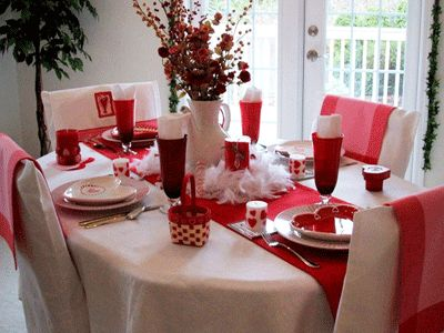 Romantic Valentineu0027s Table Settings With Accessories And Centerpiece Ideas