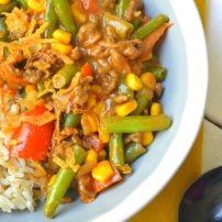 Een éénpansgerecht met gehakt, satésaus en heerlijke groenten. Kijk voor meer leuke recepten op:www.onlinechefs.nl Of volg ons op facebook, pinterest en...