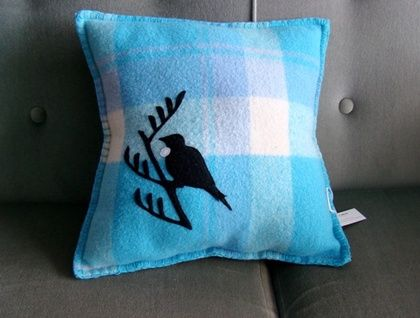 VINTAGE 100% NZ WOOL CUSHION WITH TUI MOTIF