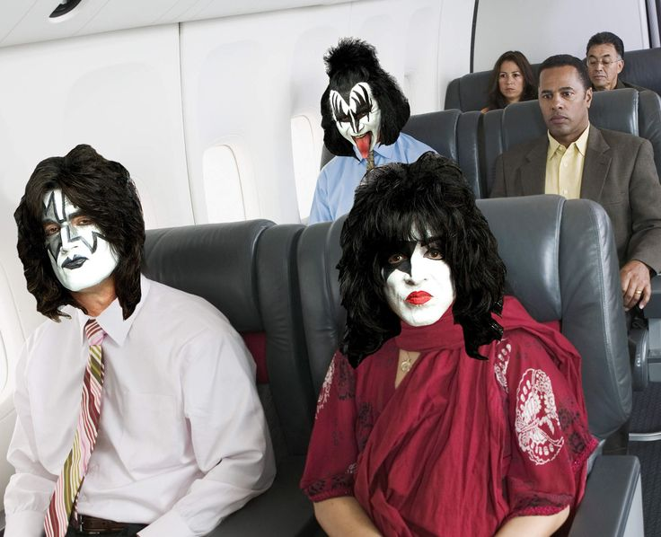 @genesimmons you little #demon:  Flight Attendants Tell Their Craziest Celebrity Stories