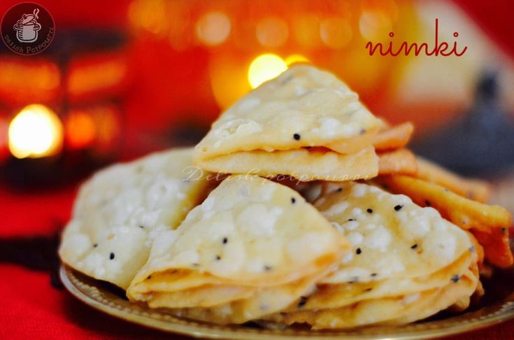 A salty, crunchy, flaky savoury of Odisha which is a regular snack delight as well as a festive treat .