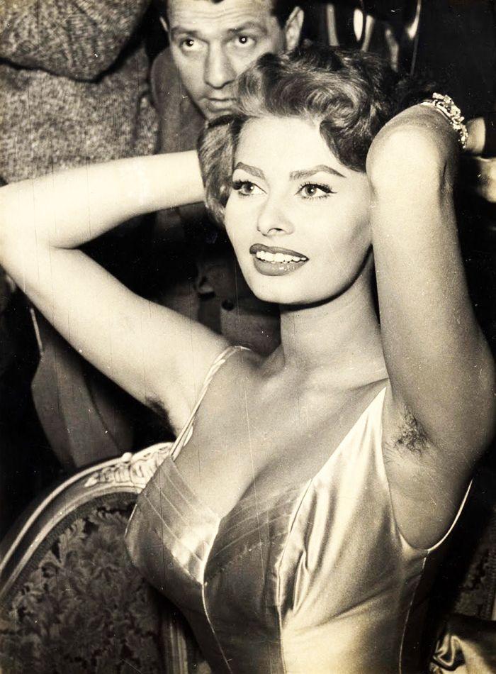 Sophia Loren rockin' her hairy pits, C.1960's
