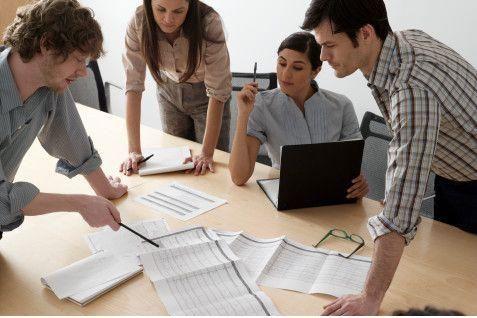 """Nuestros coachings han diseñado modalidad de clases personalizadas y cuyo objeto es profundizar temas complejos de la malla académica. Aquí abordaremos en detalle todas las aristas relevantes del estudio y tendrás la oportunidad de despejar todas tus dudas. Para esta modalidad, """"supera tú grado"""" cuenta con distinguidos abogados, los que a su vez ostentan el grado académico de magister, por lo que tendrás lecciones de excelencia y lograrás comprender y aprender las materias de manera…"""