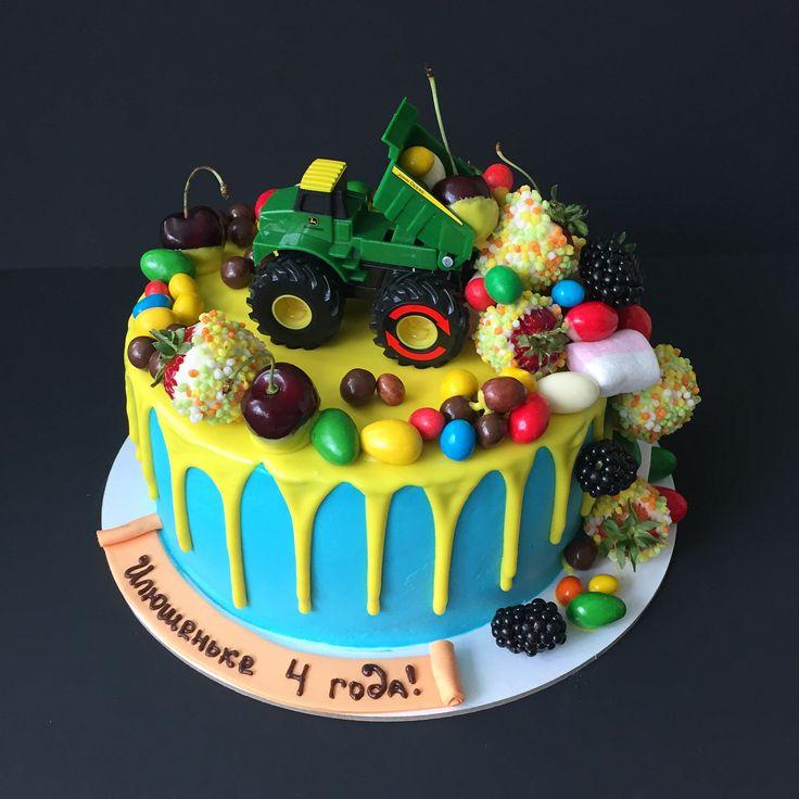 Торт с машинкой картинки с настоящей