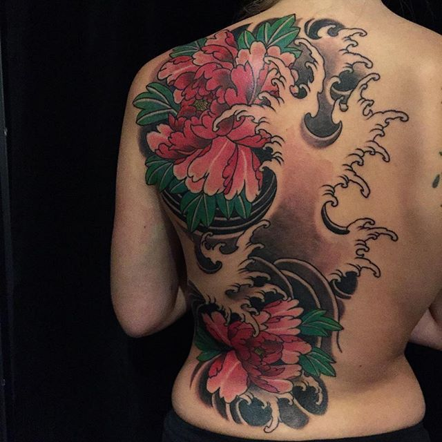 Wow what a trooper. Half of a peony and water back piece in one sitting!!! 6 1/2…