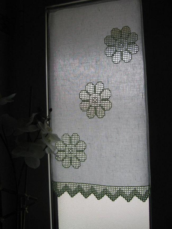Tenda ad hardanger - della categoria Altri Ricami dall'album di Serena.