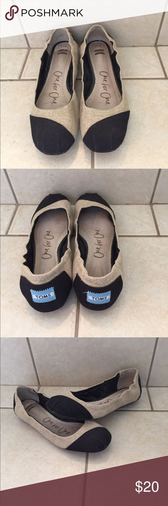 TOMS Ballet Flats Women's TOMS Ballet flats. Natural and black color. Size- 7.5M. Good condition. TOMS Shoes Flats & Loafers