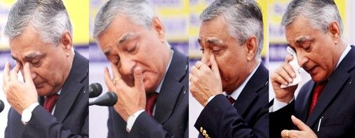 CJI Justice T S Thakur turns emotional several times during his address at Central Basic School Jammu on Saturday.  Excelsior/Rakesh