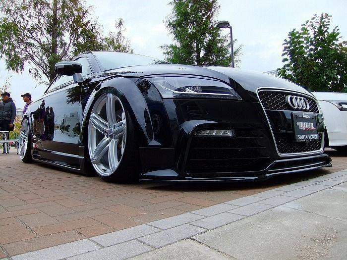 Slammed Audi TT-RS...