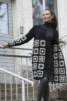 Naisen virkattu ja neulottu jakku Novita 7 Veljestä | Novita knits: