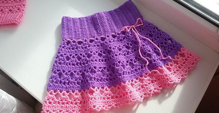 Openwork skirt for girl