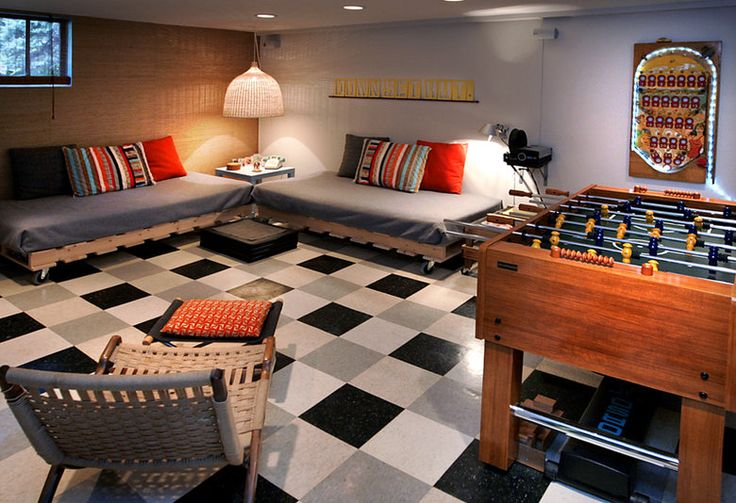 nice game room - good idea for maybe the upstairs of the garage or half the basement t.v. room