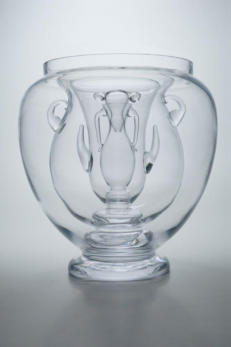 Joana Meroz & Andrea Bandoni: The Object Without A Story (The Archetypal Vase), 2009. Sammlung mudac, Lausanne | #mudac #Lausanne #glass #art #glasswork