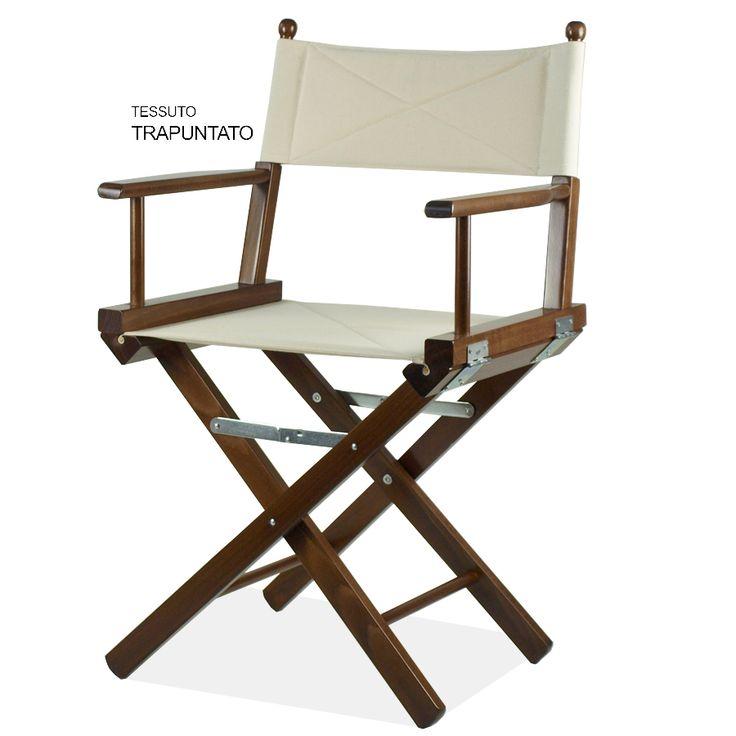 Regista P. La sedia regista P ha seduta e schienale in cotone portante ad alta resistenza e possono essere facilmente sfilati e sostituiti. La struttura è tinta naturale, ciliegio o noce.