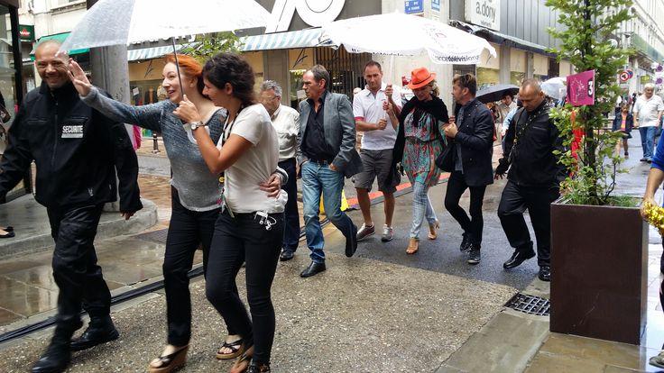 Tour de France 2014 Carcassonne village départ. Jeane Manson, Pauline Esther.