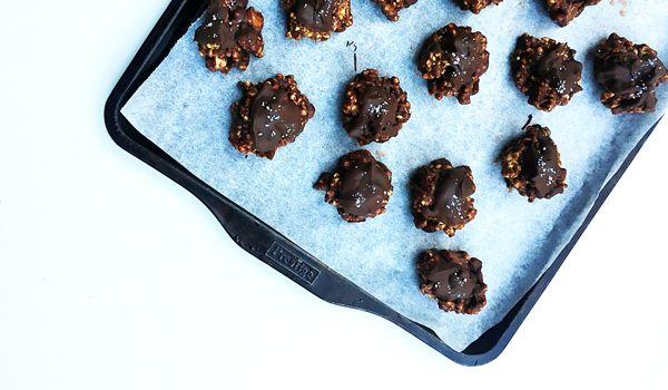 Almond Butter Chocolate Cereal Power Balls #healthy #glutenfree #vegan #snacks