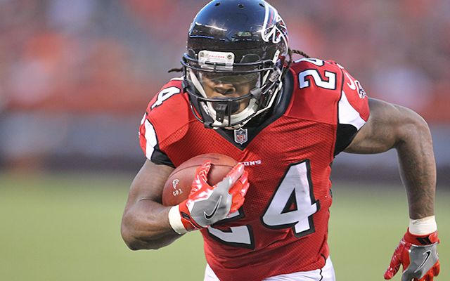 Report: Falcons owner Arthur Blank expects Devonta Freeman deal to get done soon