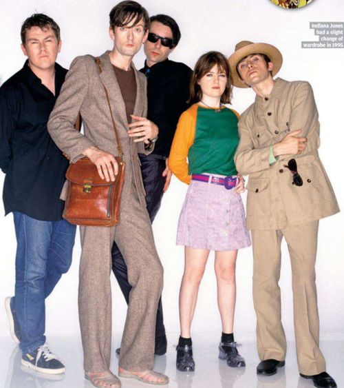 Jarvis cocker, candida doyle, Nick banks, russel senior and steve Mackey of pulp