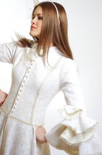 Нарядные женские костюмы в интернет магазине