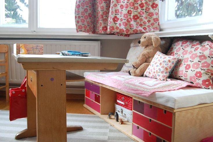 * Design and Decor * What a perfect idea for kids room's