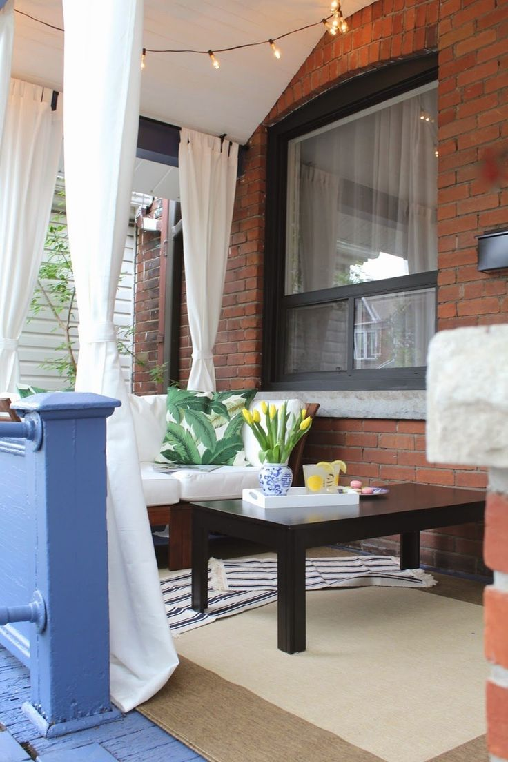 Deck amp patio furniture are often neglected when hiring a pressure - 7 Steps To A Fantastic Front Porch