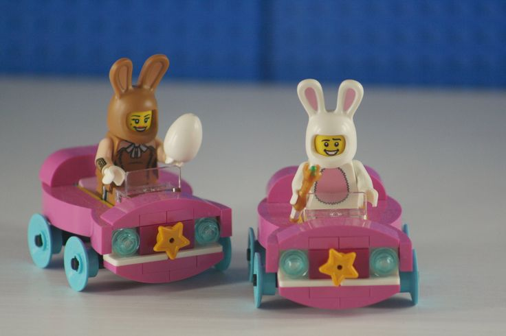 https://flic.kr/p/SSVfwv | Driving together | Kevin / Rainbow Bricks LUG #LEGOEaster #rainbowbricks #LEGODimensions