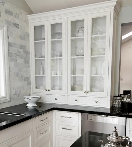 New Trends In Kitchen Countertops And Black Splashes