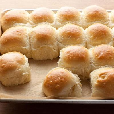 Bobby+Flay's+Parker+House+Rolls+@keyingredient