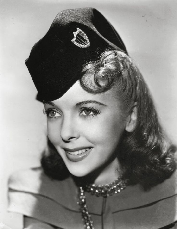 Ida Lupino... Born: February 4, 1918 in Camberwell, London, England, UK Died: August 3, 1995 (age 77) in Los Angeles, California, USA  ...was an English-American film actress and director, and a pioneer among women filmmakers.