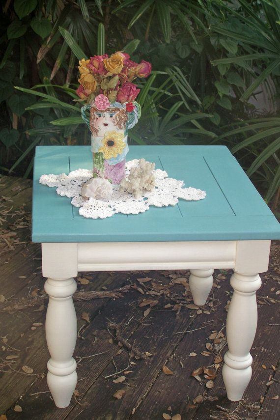 Beachy Side Table. Should paint my side tables like this!
