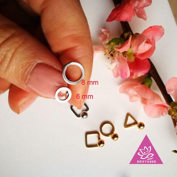1pcs HELIX piercing delicate driehoek 8mm schroef terug stud