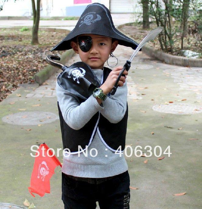 Бесплатная доставка, Дети пиратские костюм установить ( жилет, Шляпа, Тени для век, Серьги, Орел крюк, Нож флаг ), Одежда